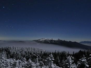 雲流れる八ヶ岳