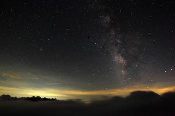 雲上の星夜