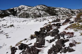 坪庭からの北横岳(3月11日撮影)