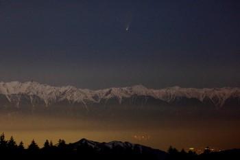 北ア上空のパンスターズ彗星