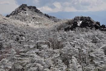 冬景色の三ツ岳