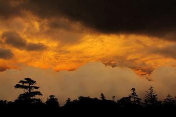 11日の夕焼け Photo by Kenji Shimadate