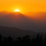 北アルプスへの夕陽