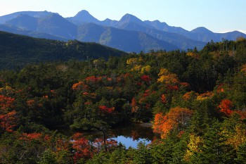 七ツ池と八ヶ岳(9月28日撮影) Photo by Kenji Shimadate