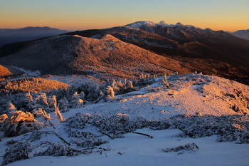 暮れゆく八ヶ岳(12月25日撮影) Photo by Kenji Shimadate