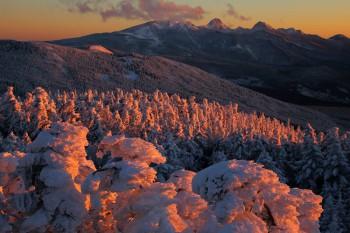 暮れゆく八ヶ岳連峰(12月27日撮影) Photo by Kenji Shimadate